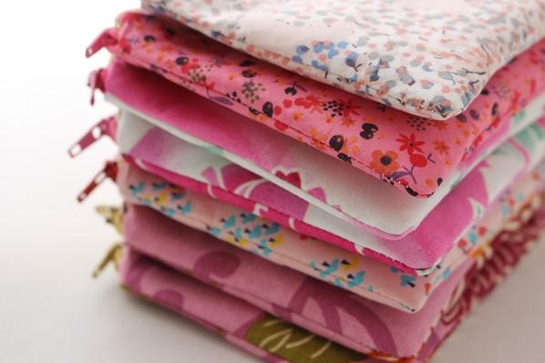pochettes zippées roses