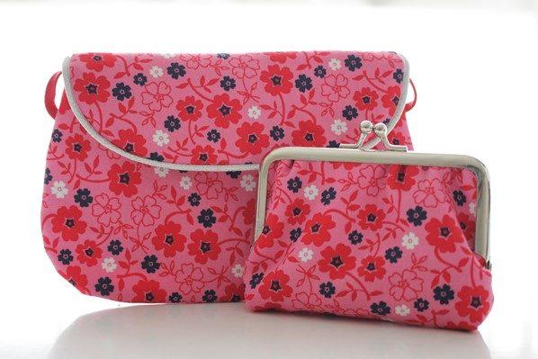 sac et porte monnaie fleurs rouges